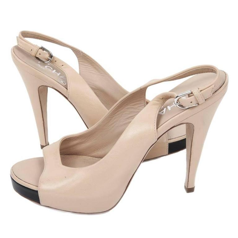 Women's or Men's High Sandals CHANEL Size 38FR in Beige Lambskin For Sale
