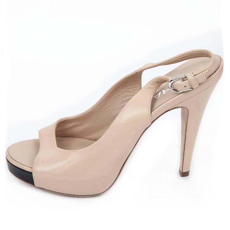 High Sandals CHANEL Size 38FR in Beige Lambskin For Sale 1