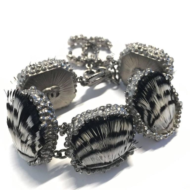 CHANEL Bracelet in Feathers and Silver Plated Metal 7