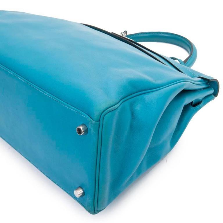 HERMES Kelly II 35 Bag in Izmir Blue Swift Calfskin Leather with Shoulder Strap For Sale 3