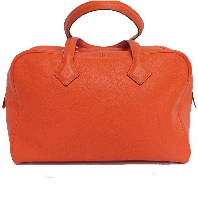 Red HERMES Victoria Orange Fire Clemence Leather Shoulder Bag For Sale