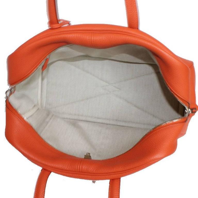 HERMES Victoria Orange Fire Clemence Leather Shoulder Bag For Sale 1