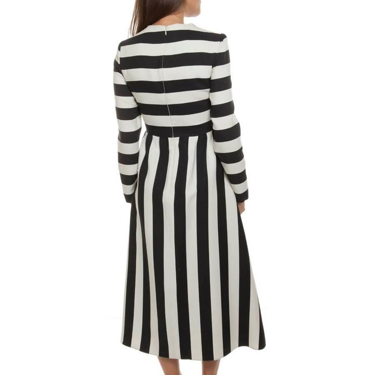 Women's VALENTINO Black and White Striped Wool and Silk Long Dress Size 40IT For Sale