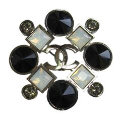 CHANEL Brooch in Ruthenium, Black, Transparent and White Rhinestones