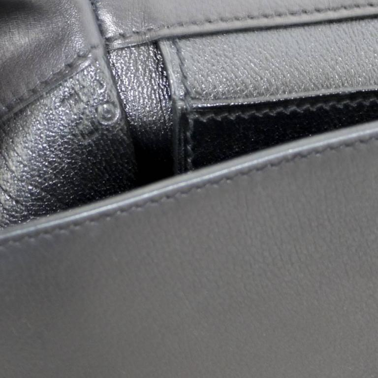 de6d6b36db HERMES 'Etribelt' Handbag in Black Leather For Sale at 1stdibs
