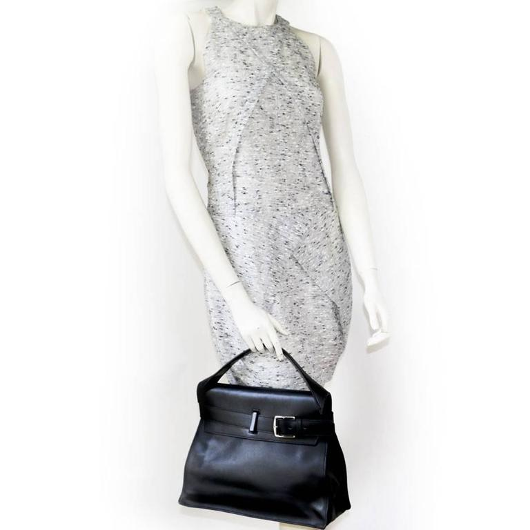 HERMES 'Etribelt' Handbag in Black Leather In Excellent Condition For Sale In Paris, FR