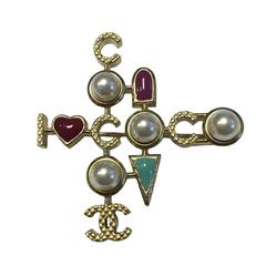 CHANEL 'COCO' Brooch in Gilded Metal and Glass Pearls