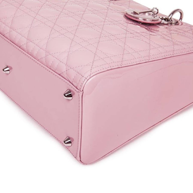 'Lady Dior' Handbag in Pastel Pink Patent Leather For Sale 1