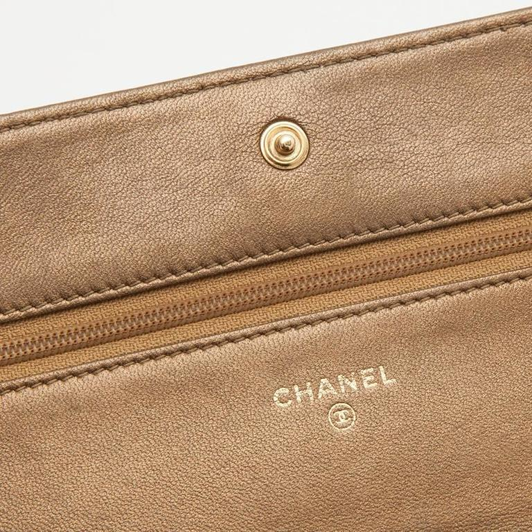 CHANEL Mini Flap Bag in Golden Aged Embossed Lamb Leather For Sale 4