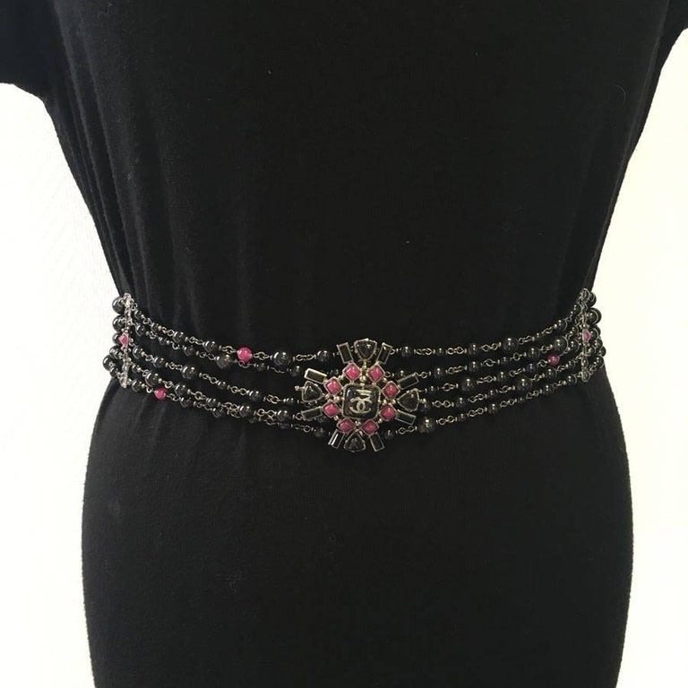 CHANEL 5 Rows Belt in Ruthenium Metal and Black and Mauve Pearls 3