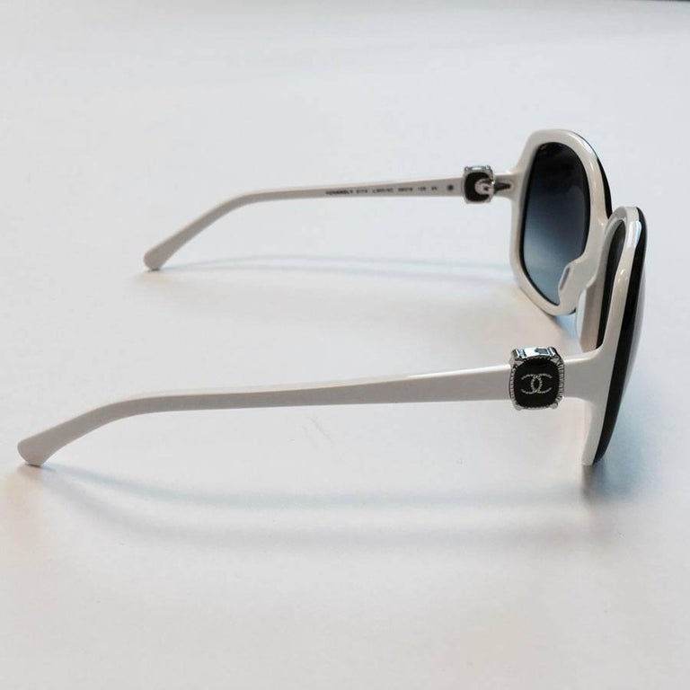 CHANEL Sunglasses in White Frame and Black Glasses at 1stdibs
