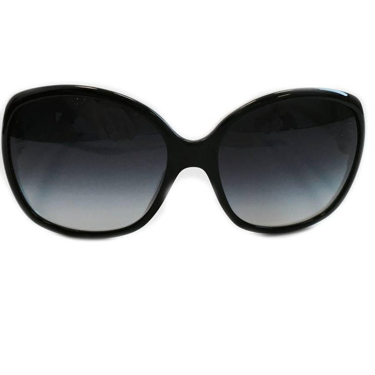 bd4dc5e4f592 CHANEL Sunglasses in White Frame and Black Glasses at 1stdibs