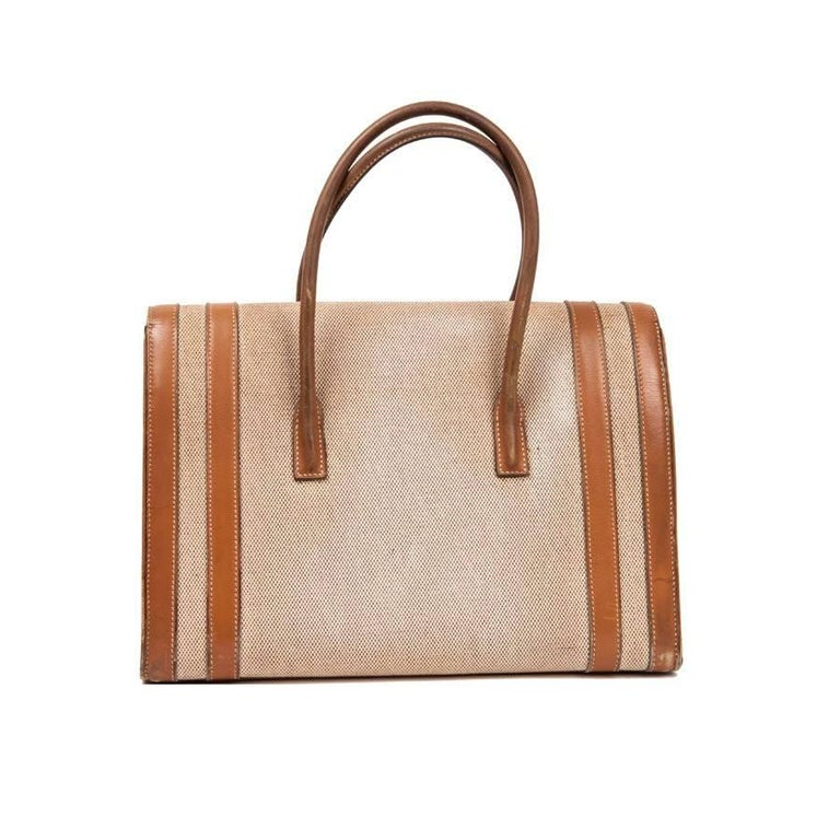 Vintage HERMES Flap Bag 'Drag' in Beige Canvas and Gold Leather In Good Condition For Sale In Paris, FR