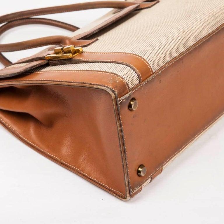 Vintage HERMES Flap Bag 'Drag' in Beige Canvas and Gold Leather For Sale 1