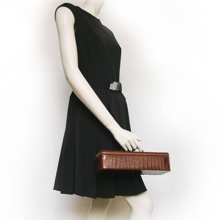 Vintage HERMES Jewelry Box in Brown Crocodile In Excellent Condition For Sale In Paris, FR