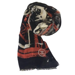 CHANEL Shawl 'Graffiti' in Black, Gray and Red Cashmere