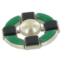 CHANEL Round Brooch in Matt Silver Plated Metal, Green Resin and Pearl