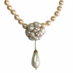 MARGUERITE DE VALOIS Camellia Necklace in Molten Glass Ivory Pearls