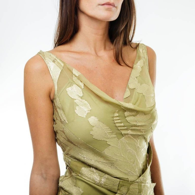 CHRISTIAN DIOR Dress in Green Silk Embroidered with Gold Threads Size 36EU For Sale 1