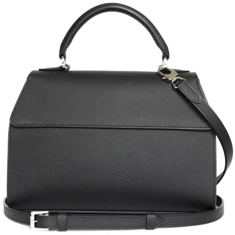 MOYNAT 'Rejane' Bag in Black Calf Leather In Excellent Condition For Sale In Paris, FR
