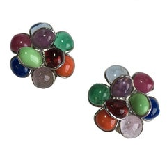 MARGUERITE DE VALOIS Flower Clip-on Earrings in Multicolored Molten Glass