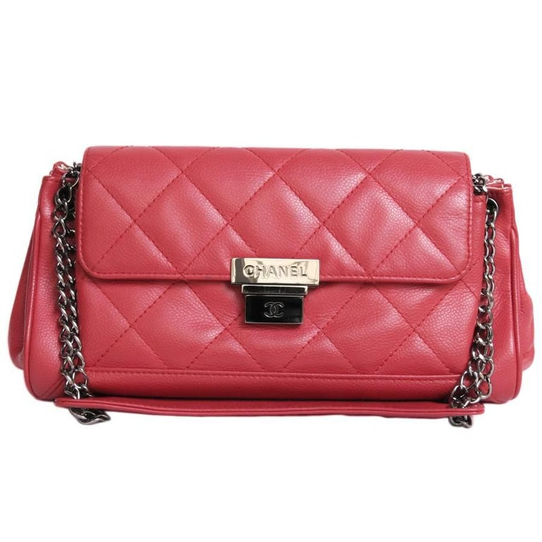 CHANEL 'Accordion' Shoulder Bag in Red Caviar Leather