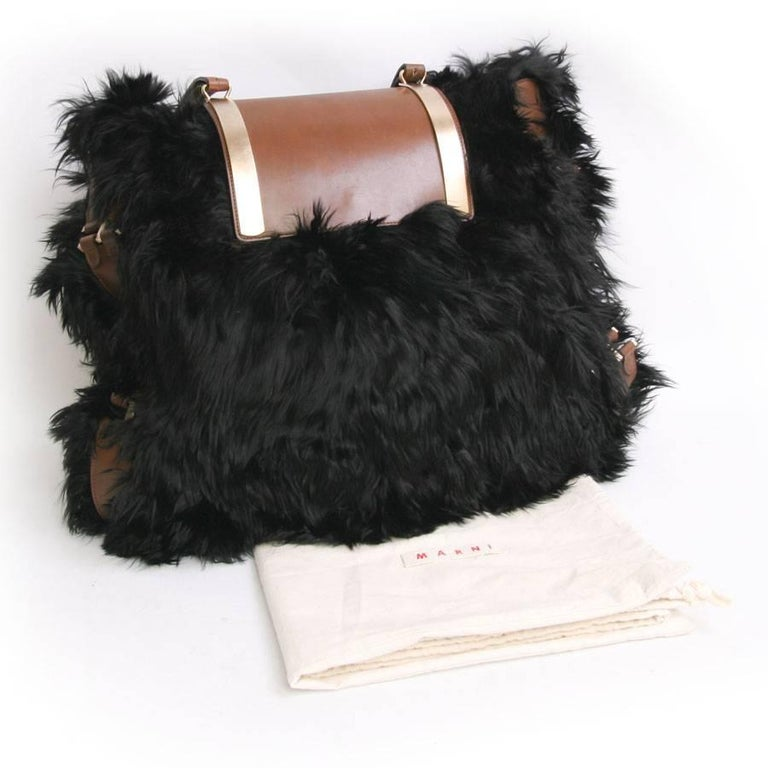 MARNI Backpack in Black fur and Natural Leather For Sale 4