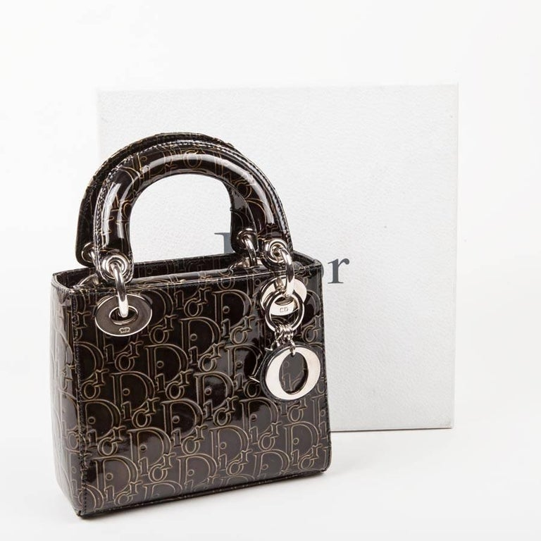 LADY DIOR Mini Handbag in Brown Patent Leather with DIOR Letters Printed For Sale 4