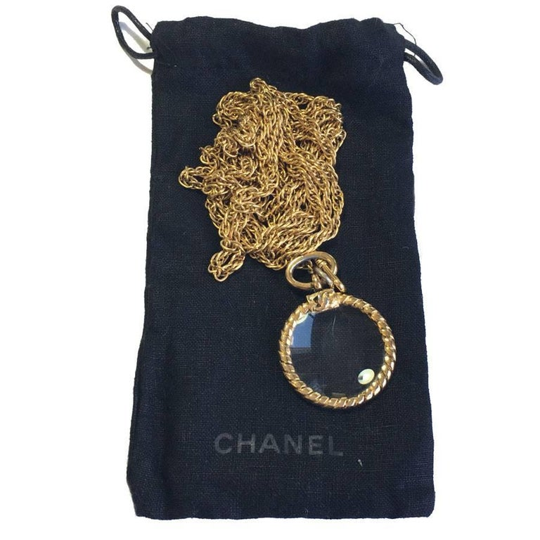 CHANEL Double Chain Necklace in Gilded Metal with a Magnifying Glass  For Sale 4