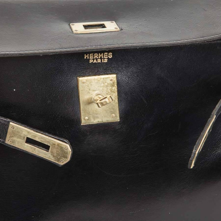 HERMES Vintage Kelly 32 Bag in Black Box Leather with its Strap For Sale 6