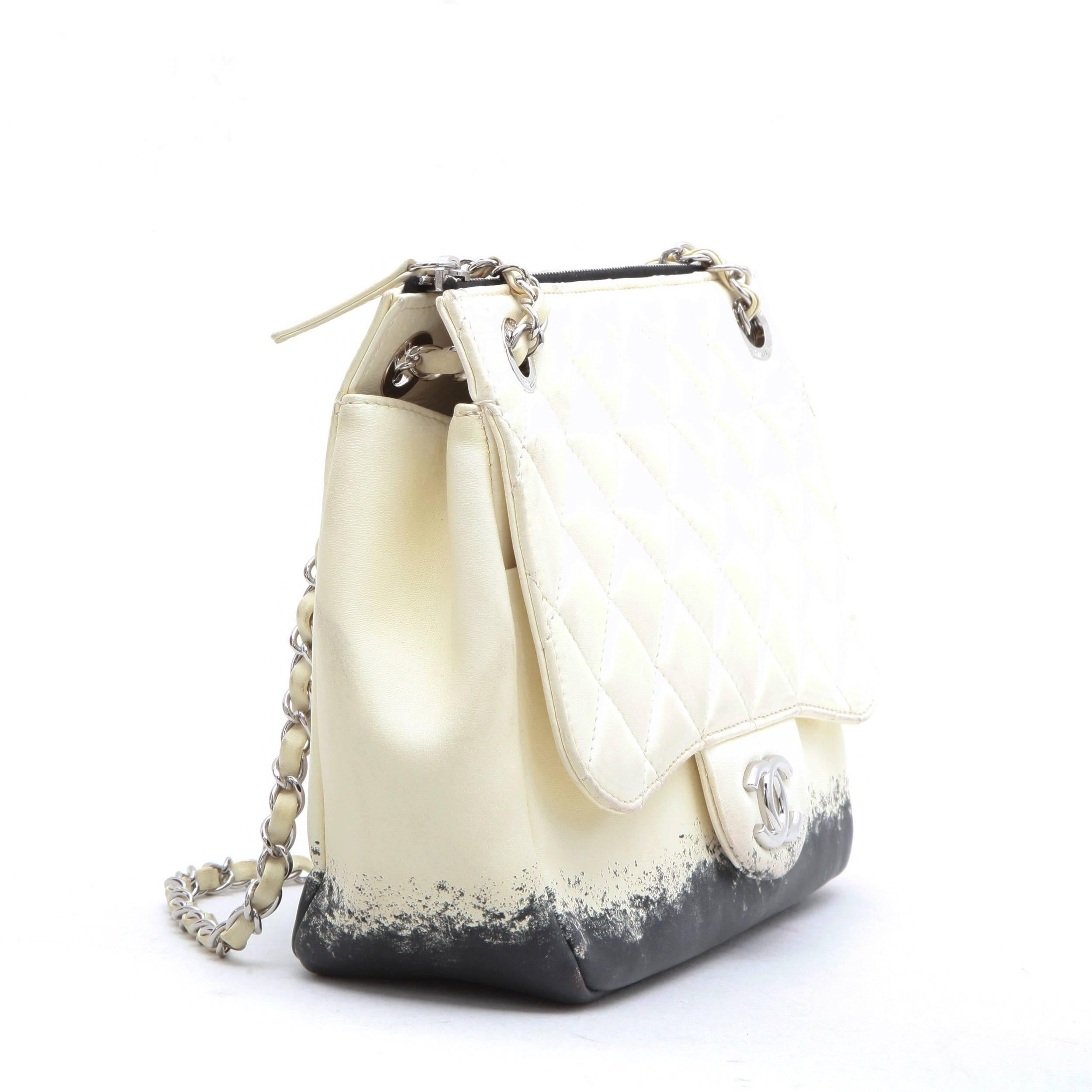 e013c1abd7b2 CHANEL Bag in Beige and Black Lamb Leather at 1stdibs
