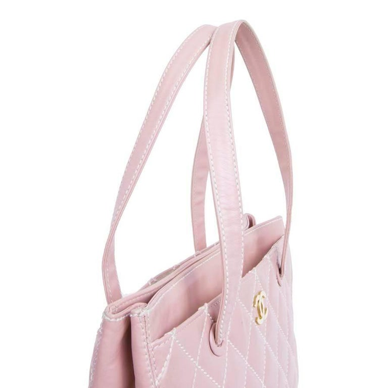 4ef0231b8d15c9 CHANEL Bag in Pink Quilted Smooth Leather with a White Stitching In Good  Condition For Sale