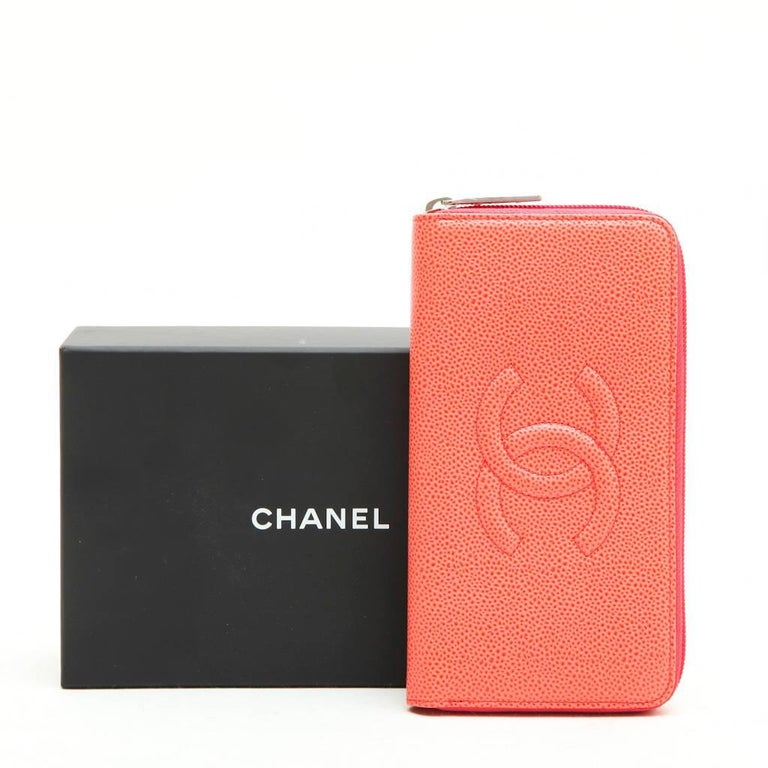 CHANEL Wallet in Grained Salmon Leather For Sale 5