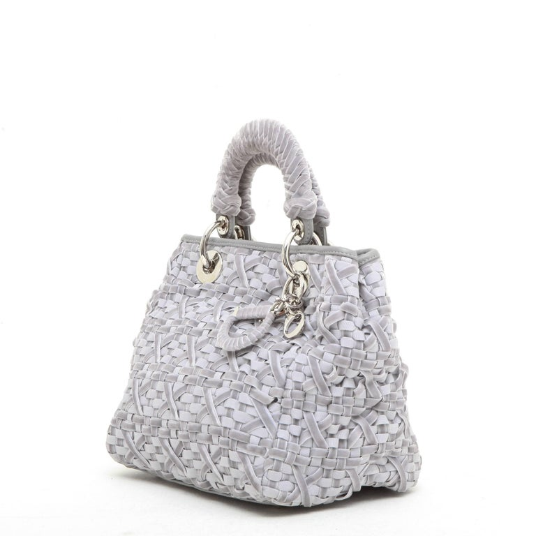 CHRISTIAN DIOR Lady D Bag in Gray Woven, Cotton and Leather Ribbons In Excellent Condition For Sale In Paris, FR