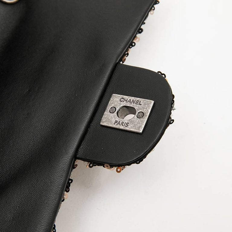 CHANEL Mini Evening Flap Bag in Black Leather Embroidered with Sequins For Sale 5