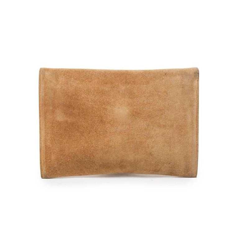 Women's HERMES Vintage Clutch in Camel Suede For Sale