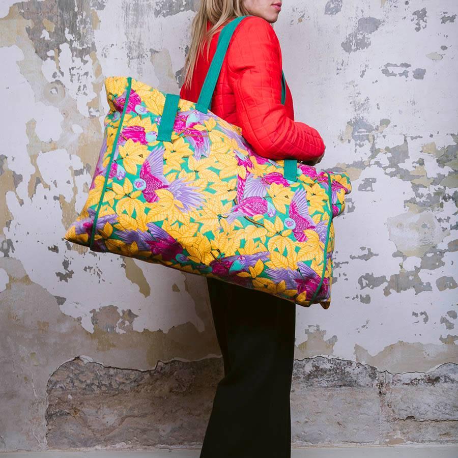 Hermès Hermes Sac De Plage En Coton Imprimé De Fleurs Multicolores Acheter Pas Cher Footlocker Finishline r8jSPC