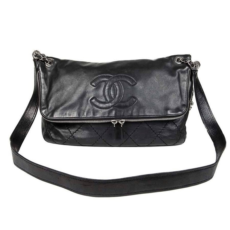 1a14f33afa9f CHANEL Black Quilted Soft Leather Messenger Flap Bag For Sale at 1stdibs