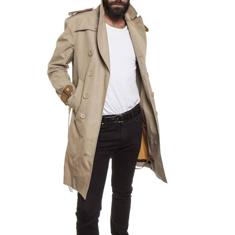 BURBERRY Riding Trench Coat in Beige Cotton and Natural Leather Size 48FR For Sale 1