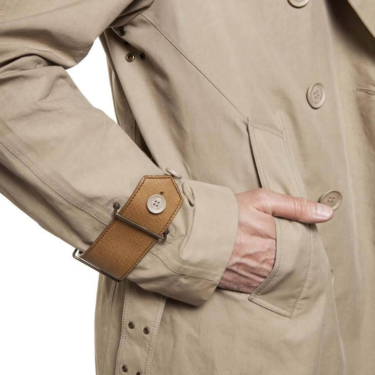 BURBERRY Riding Trench Coat in Beige Cotton and Natural Leather Size 48FR For Sale 2