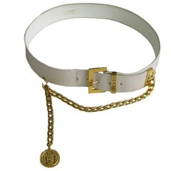 CHANEL Vintage Belt in White Leather and Gilded Metal Chain Size 75EU