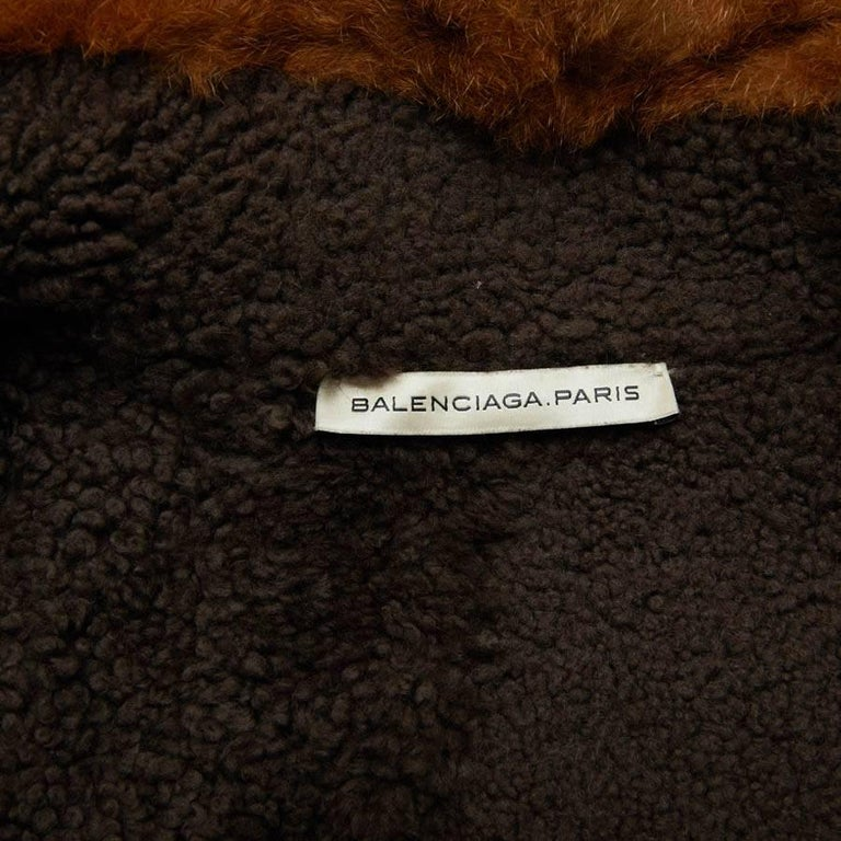 Balenciaga Mid-Length Coat in Brown Returned Lambskin and Aged Leather Size 40 For Sale 4