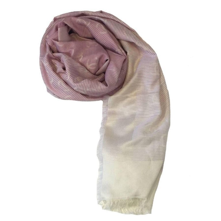 CHANEL Shawl with Small Fringes in Pink and White Cotton and Silk