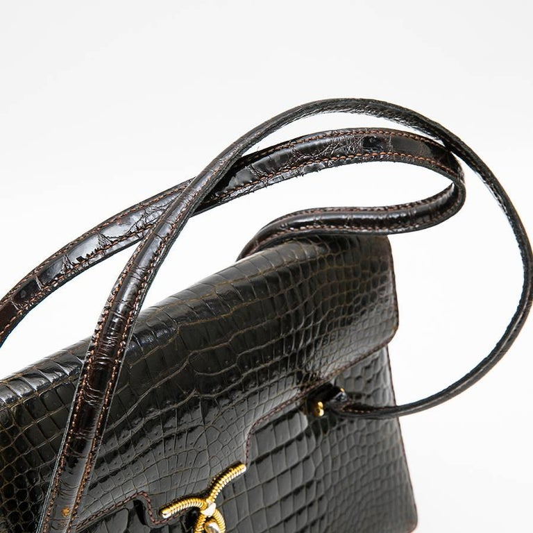 Gucci Vintage Bag in Brown Crocodile Porosus Leather For Sale 2