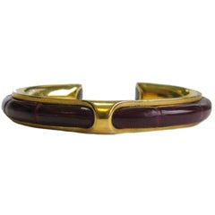 HERMES Vintage Bracelet in Gold Plated and Red H Crocodile Leather