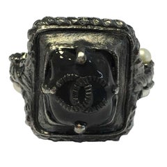 CHANEL Twisted Ring in Ruthenium Metal, Black resin and small Pearl Beads