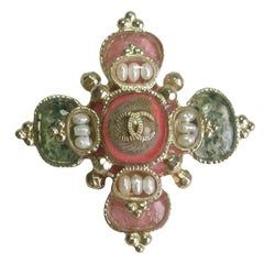 Chanel Cross Brooch in Gilded Metal, Shell, Molten Glass and Freshwater Pearls
