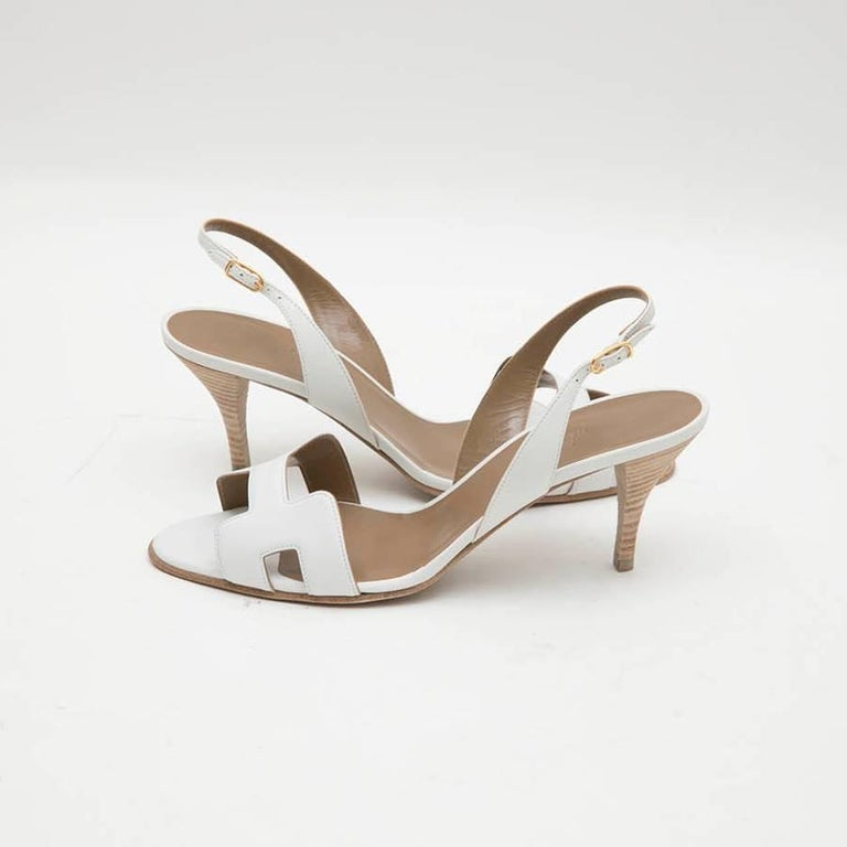 da546804170d HERMES  Oran  High Heels Sandals in White Smooth Leather Size 39FR In  Excellent Condition