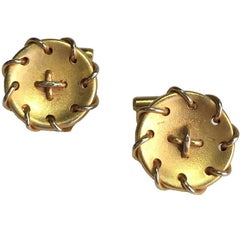 HERMES Vintage Round Cufflinks in Gold Plated Metal