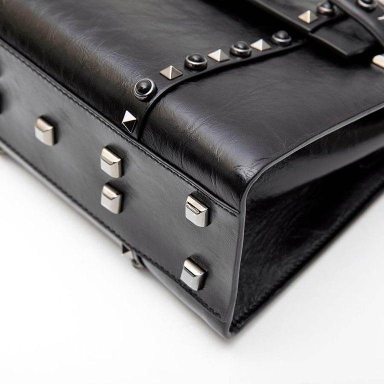 VALENTINO Bag in Aged Semi Matte Black Leather For Sale 4